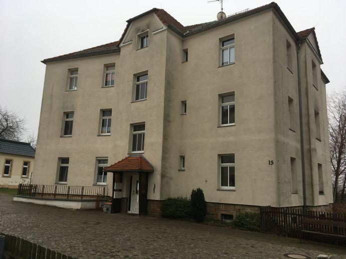 Schöne 2 Raum Wohnung im DG am Stadtpark