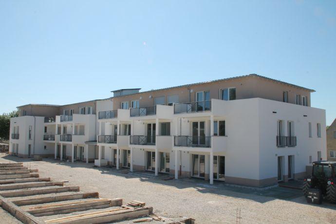 3-Zi-Wohnung mit Balkon in zentraler Lage, barrierefreier Grundriss im Energieeffizienzhaus