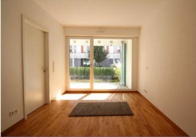 Moderne 2-Zimmer-Wohnung mit Wintergarten,Terrasse und 2 Privatgärten