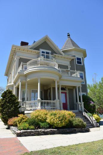 Großzügiges & hochwertiges Einfamilienhaus mit Einliegerwohnung in Grumme