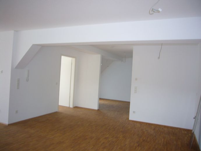 Gepflegte 3 ZKB Wohnung auf hohem Niveau in Freudenberg