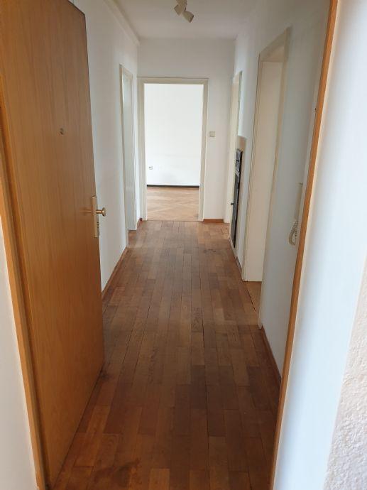 Zimmer Wohnung in Stuttgart (West)