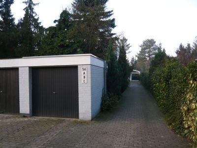 Stichweg mit dazugehöriger Garage