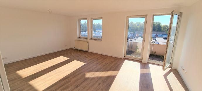 Lichtdurchflutete 3-Zimmer-Wohnung mit Balkon in zentraler Lage