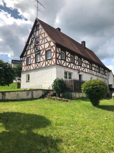 Schönes, renovierungsbedürftiges Bauernhaus nahe Forchheim
