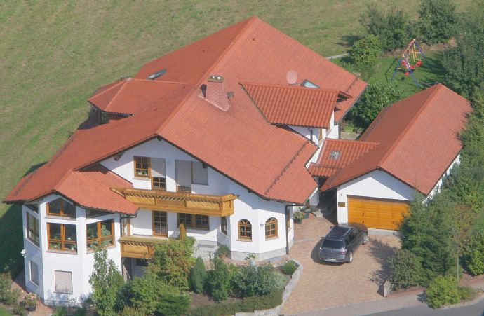 Exklusives Traum-Zweifamilienhaus mit Einliegerwohnung