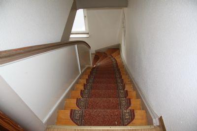 Treppenaufgang in das OG