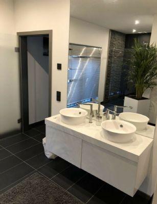 Wohnung Neustadt Aisch : exklusive zentrale penthouse wohnung ber den d chern neustadts penthouse neustadt an der aisch ~ A.2002-acura-tl-radio.info Haus und Dekorationen