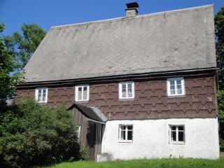 lteres denkmalgesch tztes landhaus zum sanieren haus neuhausen 2dkqm4y. Black Bedroom Furniture Sets. Home Design Ideas