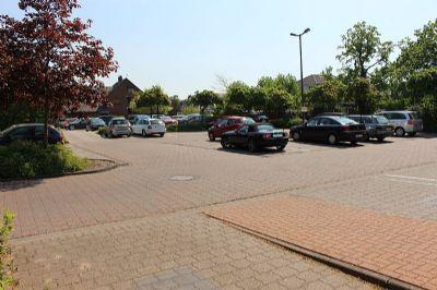 öffentlicher Parkplatz am ZOB