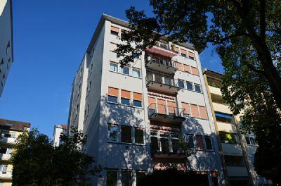 MA-Lindenhof -Stephanienufer- Traumhafte 2 ZKB Wohnung mit Balkon, in bester Wohnlage!