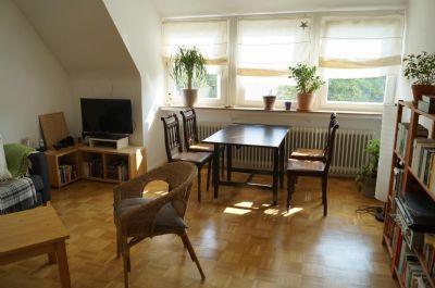 Rarität: charmante 3 Zimmerwohnung in bester Lage mit vielen Pluspunkten