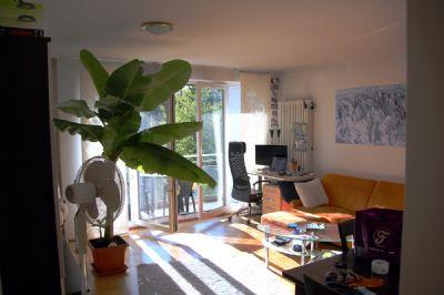 von Privat - Moosach schöne helle 1,5 Zimmer Wohnung