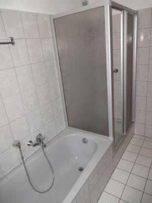 12 Badezimmer Hauptwohnung