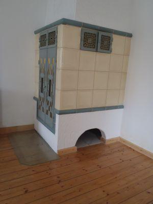 Kachelofen im Erdgeschoss