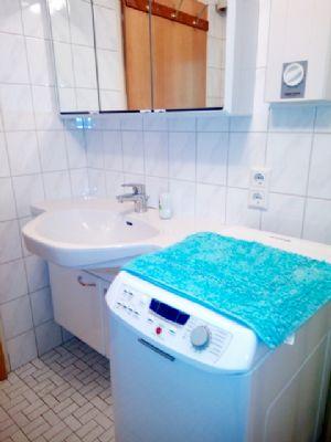 Bad_Waschmaschine Handwaschbecken