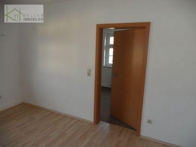 leubnitz eisenbahnersiedlung gem tliche 3 raum wohnung in 4 familienhaus tageslichtbad pkw. Black Bedroom Furniture Sets. Home Design Ideas
