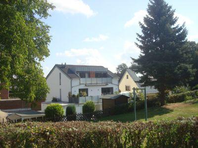 imposante maisonette auch als kapitalanlage direkt am golfplatz kambach in eschweiler. Black Bedroom Furniture Sets. Home Design Ideas