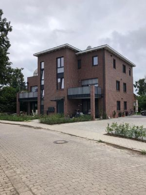 Zentral und ruhig - Penthouse-Whg mit großer Dachterrasse mitten in Diepholz zu vermieten