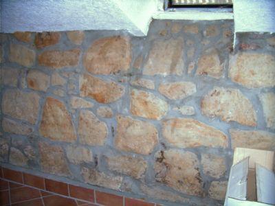 Wände im Keller