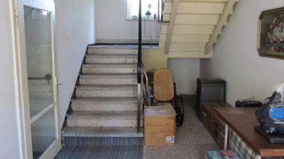 Treppenaufgang im Nebengebäude