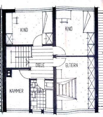 sch nes haus mit prachtvollem garten auf dem venusberg reihenmittelhaus schwarzach straubing. Black Bedroom Furniture Sets. Home Design Ideas