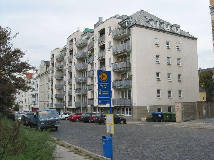 schöne 1-Zi.-Wohnung mit Balkon und Aufzug in Leipzig-Connewitz (B30)