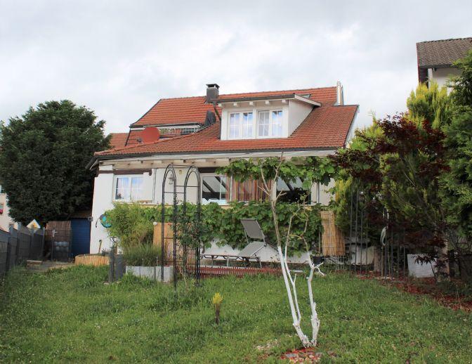Charmantes Einfamilienhaus mit Einliegerwohnung in Hohentengen OT Stetten