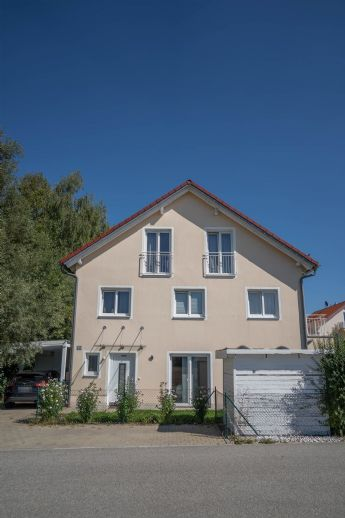 Modernes Doppelhaus in Top-Lage nähe Erding!