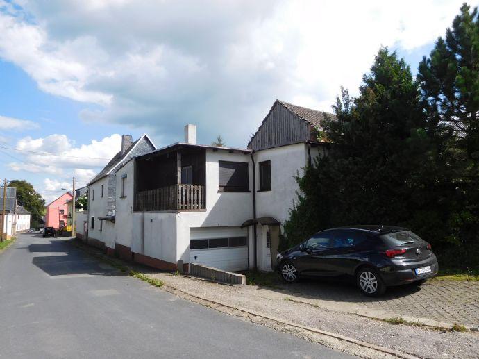 sanierungsbedürftiges Einfamilienhaus von 1840 mit Anbau in Pausa-Mühltroff, OT Thierbach