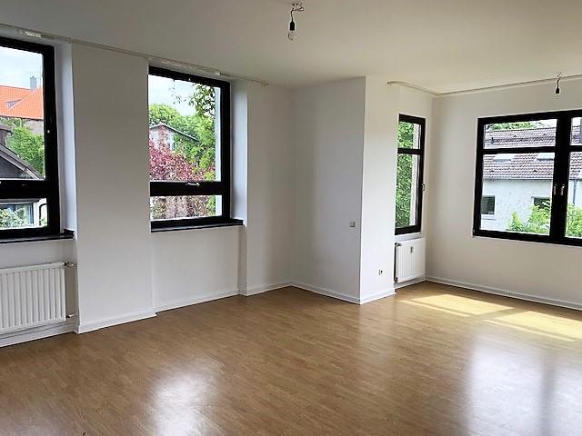 Witten-Bommern: Senioren-Wohnung, 65m², Balkon, barrierefrei mit Notruf