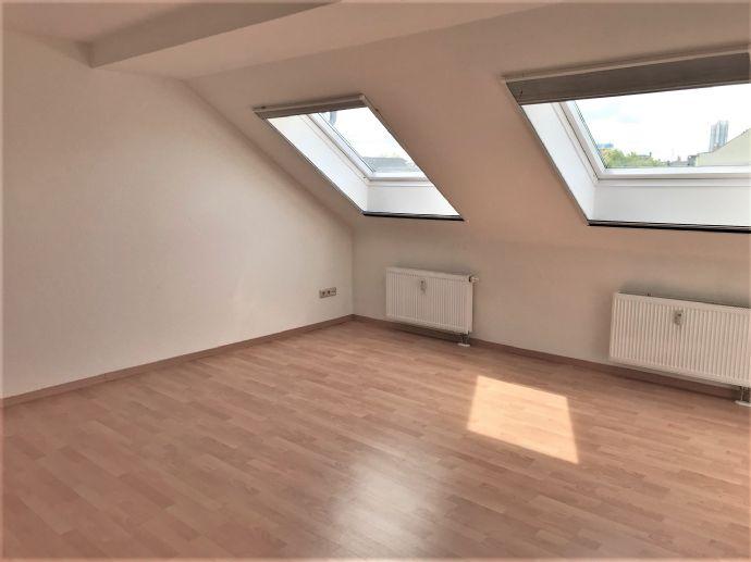 Dachgeschoss - meine neue Singlewohnung im Zentrum von Chemnitz