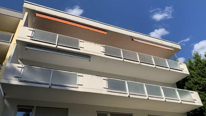 Helle und modern geschnittene, 4 Zimmer Wohnung mit 13m Balkon und Blick ins Grüne - in Top Lage von Saarbrücken
