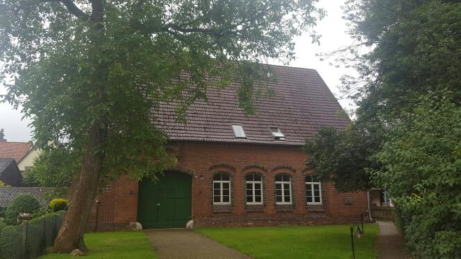TOP LAGE: Wohn- und Gemeindehaus in Uetze zu verkaufen