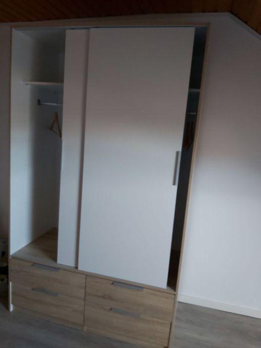 Gemütliche möblierte und helle 2 Zimmer Wohnung