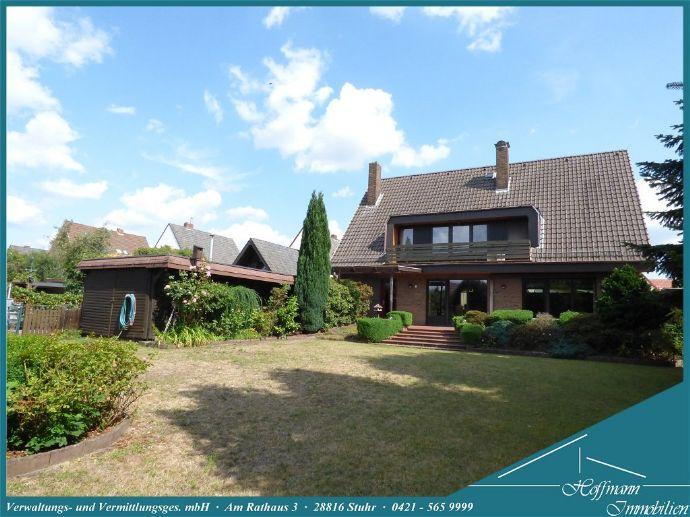 Großes freistehendes Einfamilienhaus mit traumhaftem Garten nahe der Stuhrer Ortsgrenze in einer 30iger Zone gelegen