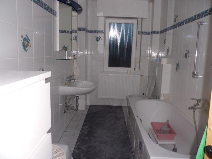 Schön geschnittene Wohnung mit Balkon / Hanau-Lamboy