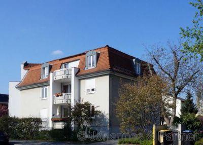 helle 3 Zimmer-Wohnung mit Süd-Balkon