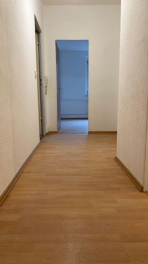 *NEU* Frisch Renovierte Single-Wohnung