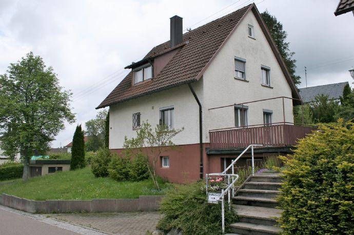 RESERVIERT - Einfamilienhaus mit großem Grundstück - ruhige Lage