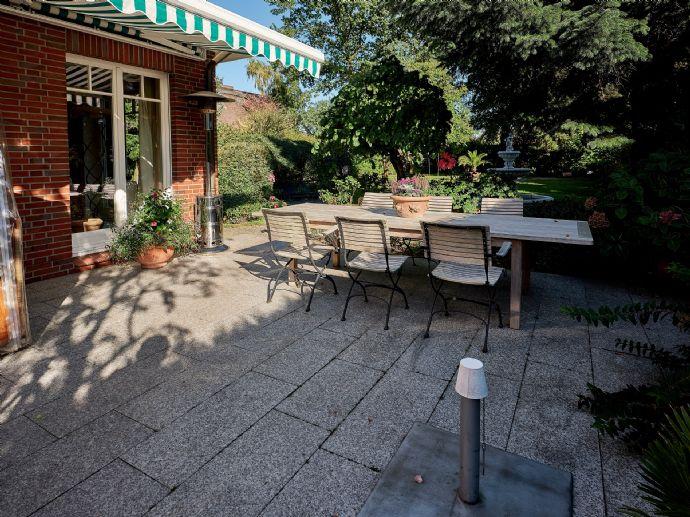 Neuwertige Kaufmannsvilla mit traumhaften Garten!