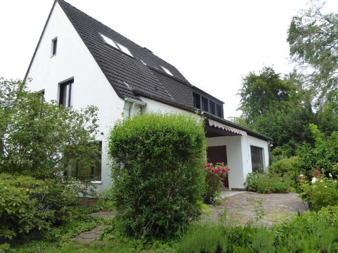 Exklusives, frisch renoviertes, Einfamilienhaus in DO-Lücklemberg mit großem Garten und Garage