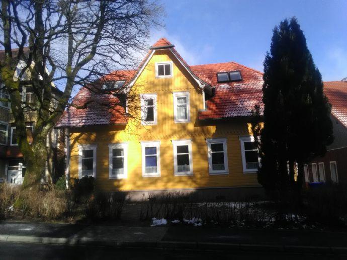 Helle 2-Raum-DG Wohnung im Zentrum PROVISIONSFREI