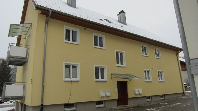 4-Familienhaus mit ausbaubarem Dachgeschoss