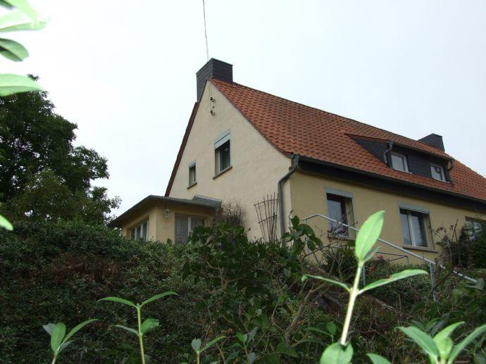 Könnern-Zickeritz gepflegte Doppelhaushälfte mit wenig