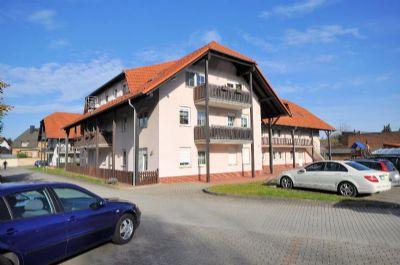 2-Zimmer-Wohnung, Bad mit Wanne und Fenster in ruhiger Lage Weißwasser