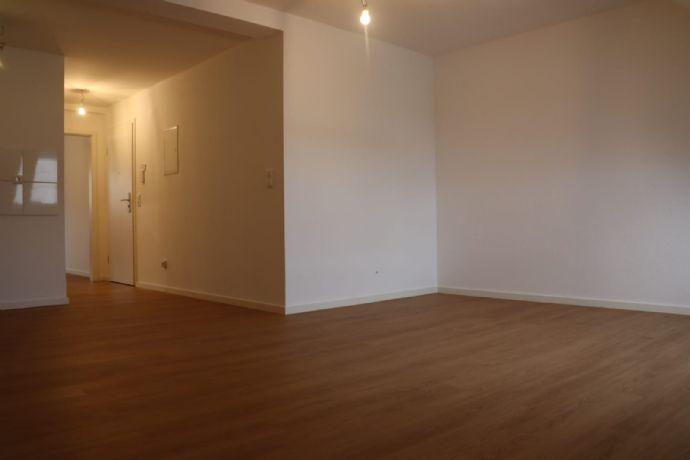 Schöne 2-Zimmer-Wohnung in Friedrichstadt - saniert und bezugsfertig ab sofort