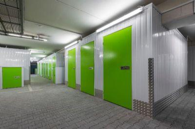 Remscheid Garage, Remscheid Stellplatz