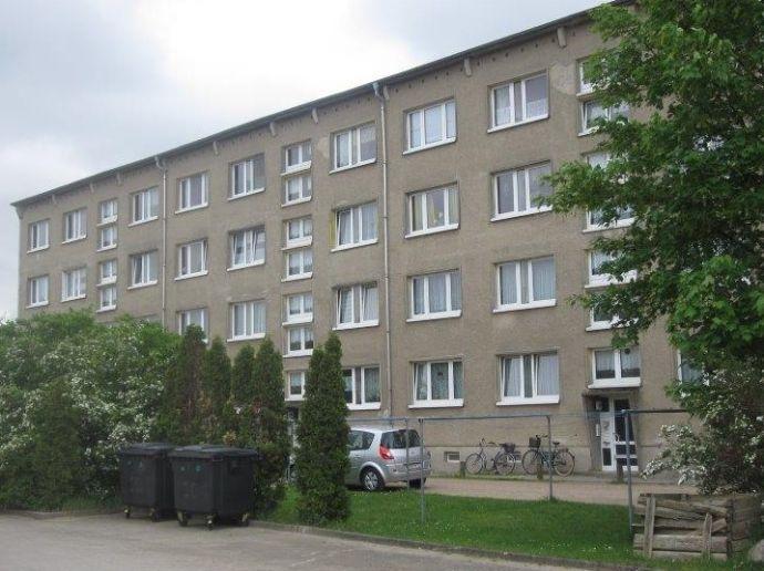 Loitz - 2 Raum Wohnung für warm 340 EUR