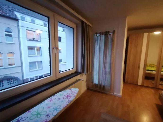 Sehr schöne Wohnung im zweiten Obergeschoss, zentral und ruhig
